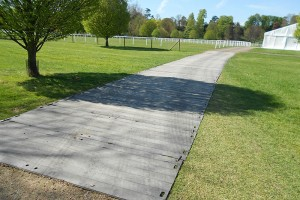 Quicktract temporary trackway