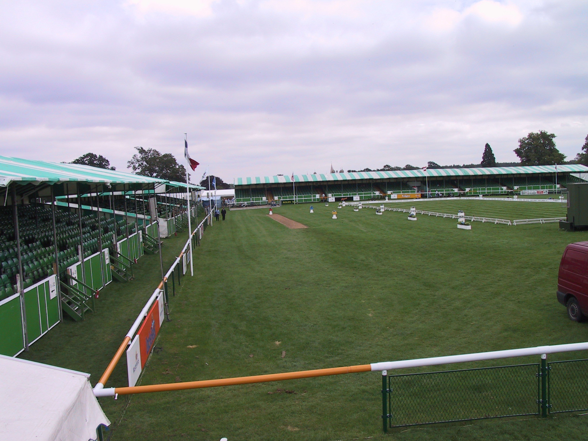 Trade Stands Burghley Horse Trials : Trade stands grandstands and temporary stables